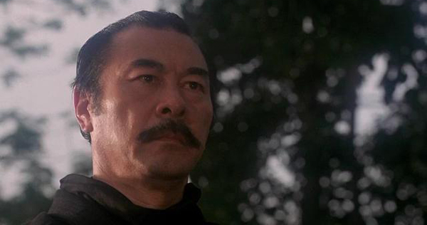 Frank Dux (Van Damme), a military officer as he is training and getting ready to travel to Hong Kong for a secret underground fighting tournament known ... - 56761335